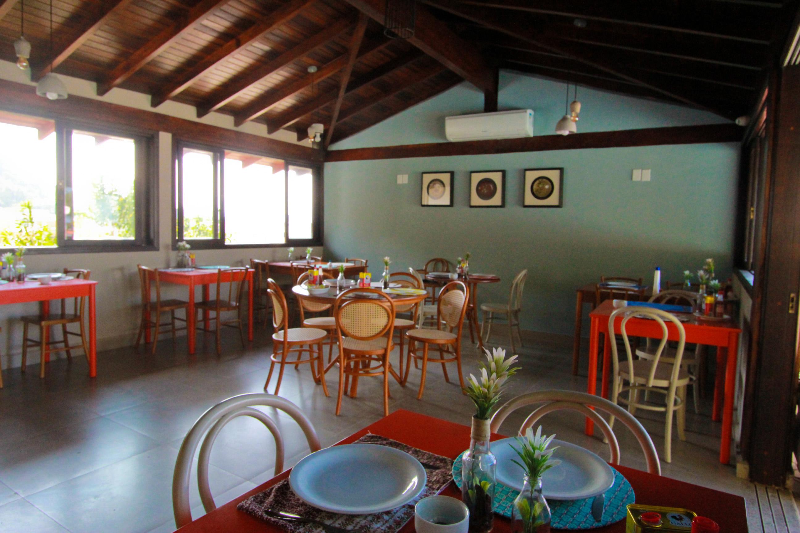 Hotel com Restaurante