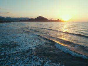 Nascer do Sol na Praia Grande em Ubatuba