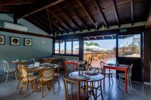 Salão climatizado do restaurante